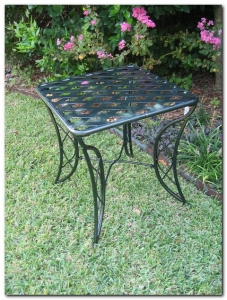 Diamond Lattice Side Table